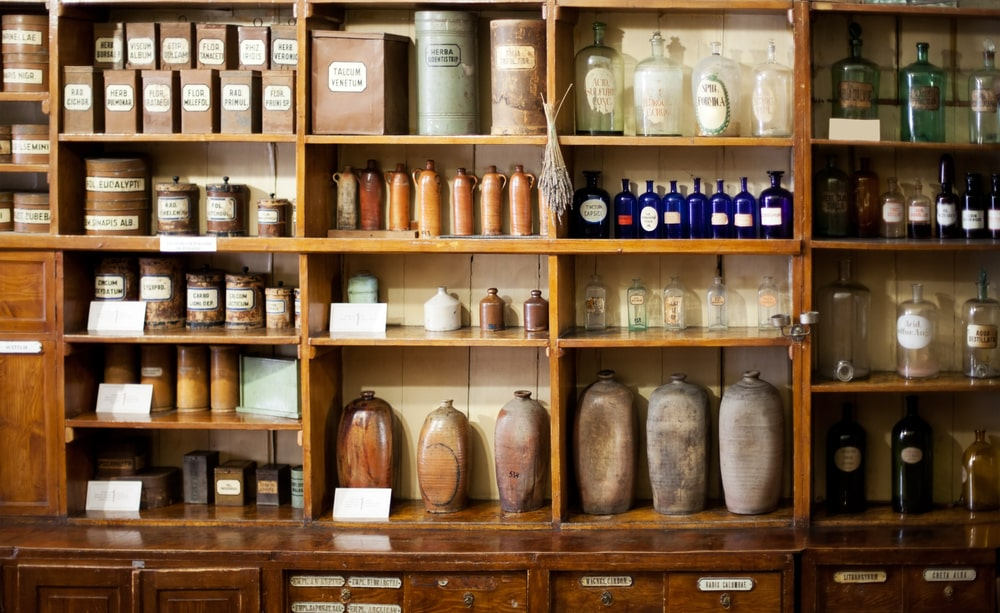 How to stock your own natural medicine cabinet   Flo Living