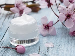 How To Use Progesterone Cream | Flo Living